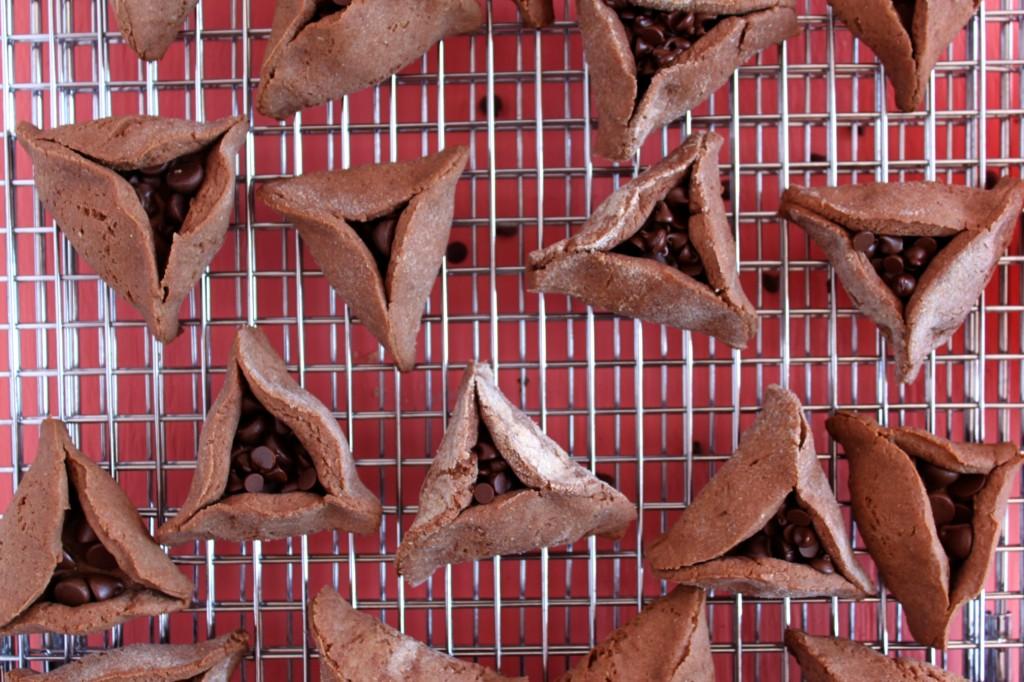 Jewhungry kosher chocolate hamantashen cookie